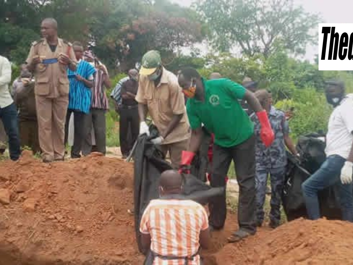 Police Organize Mass Burial For Charred Bodies In The KintampoFatal Accident