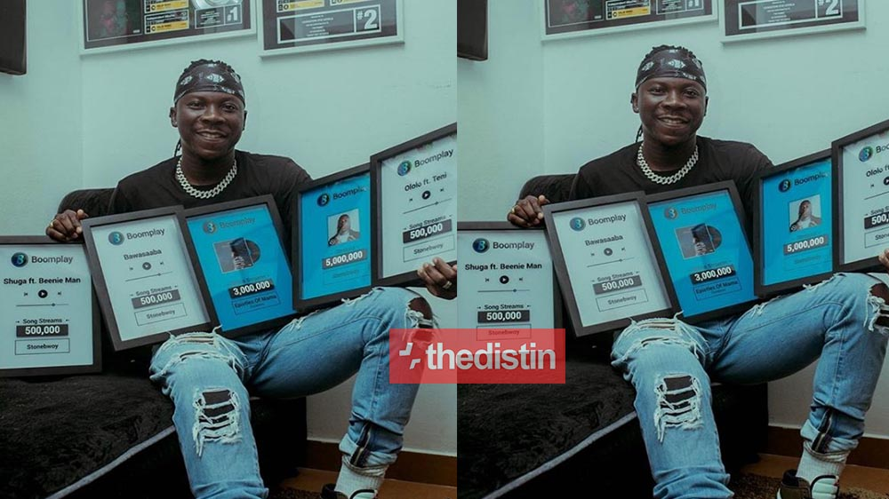Stonebwoy Flaunts His Multiple Plaques He Received From Boomplay   Video