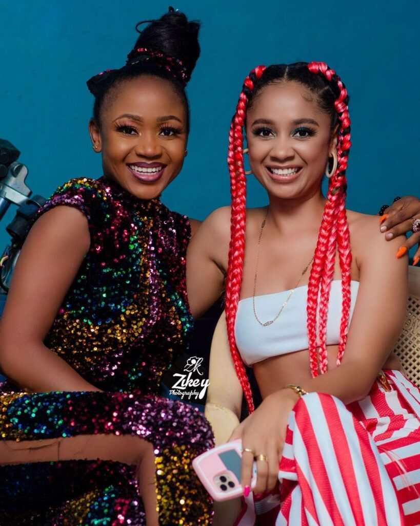 Controversial actress, Akuapem Poloo and musician, Sister Derby look extremely beautiful in new pictures, Ghanaians drool over their resemblance.