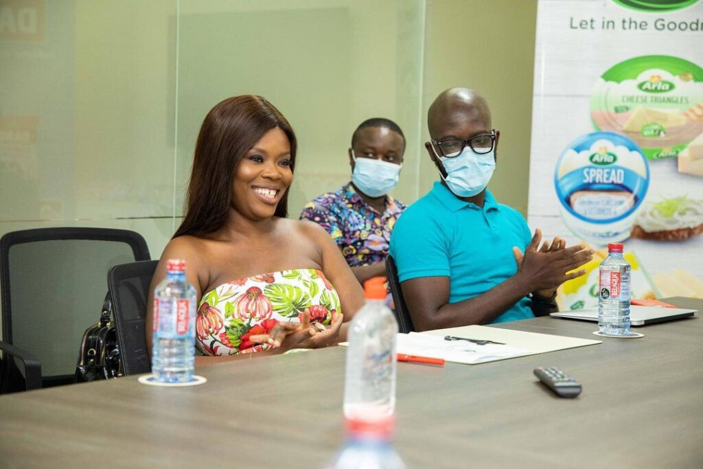 Media personality, Deloris Frimpong Manso widely addressed as Delay has signed and sealed a deal with food manufacturer, Dano Milk Factory (Arla), producers of Dano Milk.