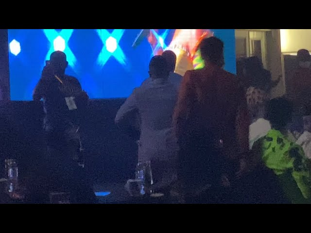 Kelvynbwoy Walks Out Of VGMA Auditorium After Losing Award Afrobeat Song To Dope Nation's Zanku
